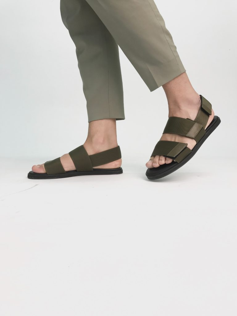 sandalias minimalistas para hombre